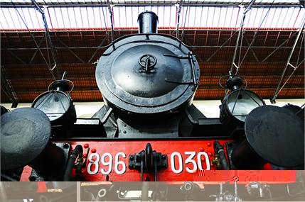 12 Locomotive - Aldo - 02