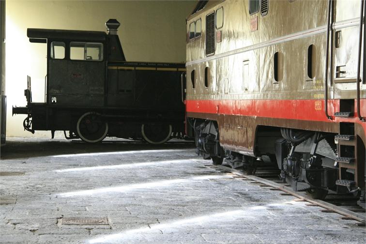 9 monica locomotive 4423