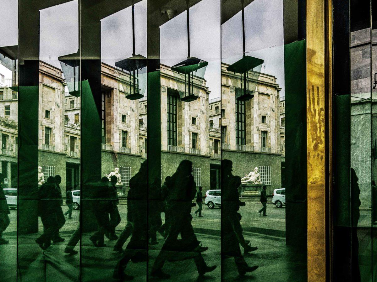 L'UNO E IL SUO CONTRARIO – Livia Mazzani